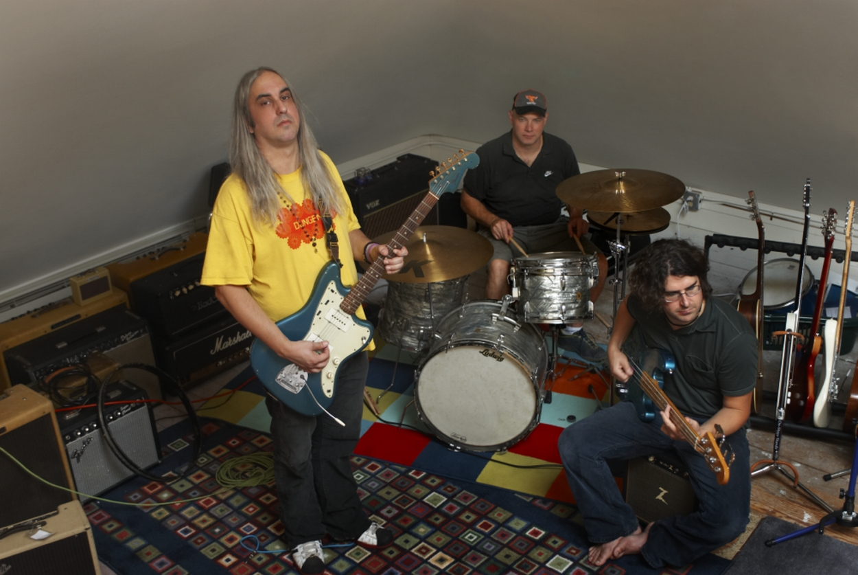 Dinosaur Jr prepping new album, tour