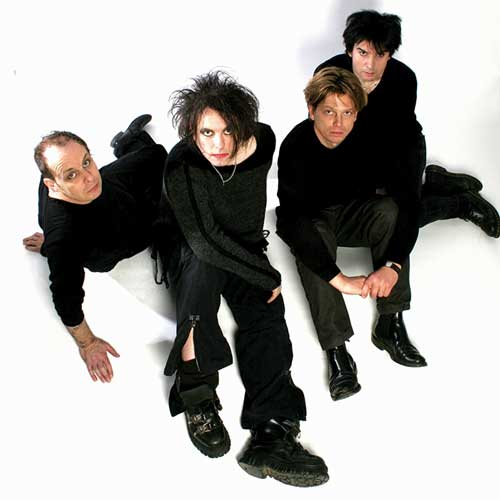 Sirius XM's 1st Wave to dedicate a week to Robert Smith and The Cure in April