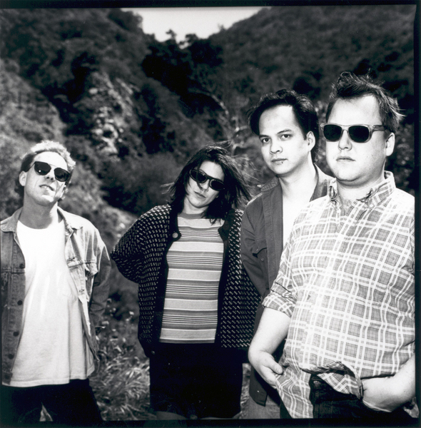 Pixies reunion back on again; band playing Isle of Wight, European concerts
