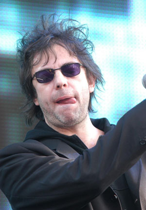 Video: Echo & The Bunnymen's Ian McCulloch sings 'Killing Moon' on East Village Radio