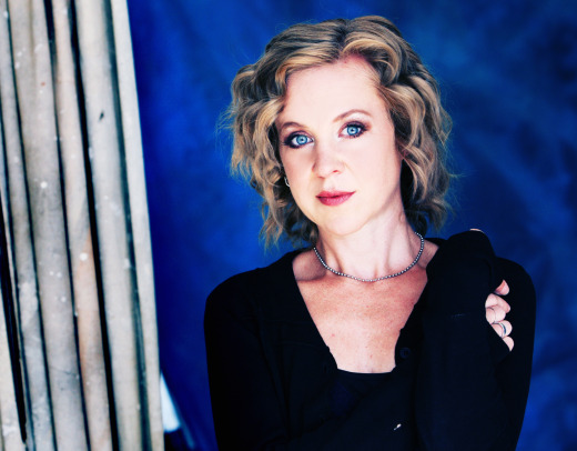 Kristin Hersh sharing new Throwing Muses demos, raising money for upcoming album