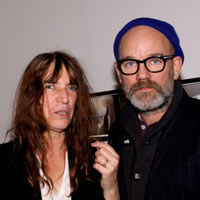 Video: R.E.M.'s Michael Stipe, Patti Smith's 'walk-in concert' at New York's MoMA