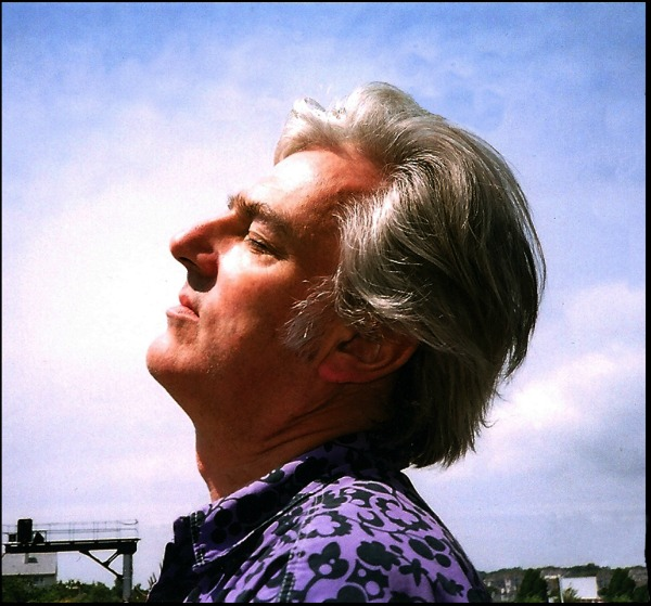 Stream: Robyn Hitchcock, 'Be Still' — off forthcoming album 'Love From London'