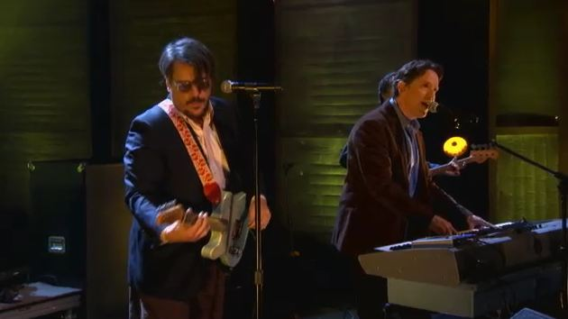 Video: They Might Be Giants perform 'When Will You Die,' 'Ana Ng' on 'Conan'