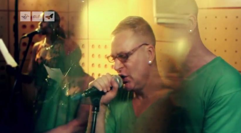 Video: Erasure, Fill Us With Fire  new clip filmed during 2011 tour rehearsals