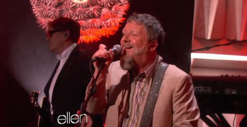 Video: Squeeze performs 'Tempted,' 'Pulling Mussels From a Shell' on 'Ellen'