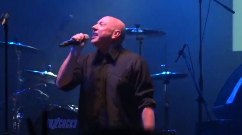 Video: Howard Devoto rejoins Buzzcocks for first time in 33 years at Manchester gig