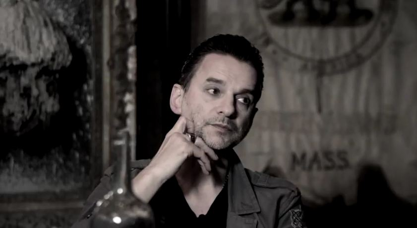 Stream: Soulsavers featuring Depeche Mode's Dave Gahan, 'The Light the Dead See'