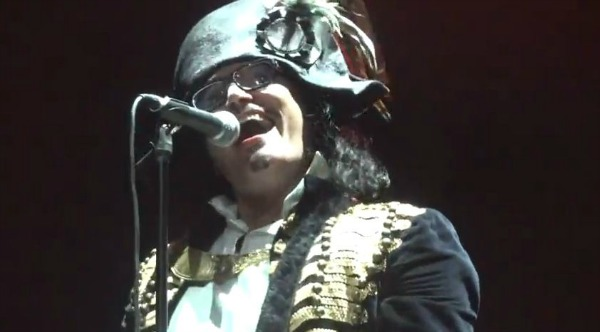 Video: Adam Ant opens first U.S. tour in 16 years with Los Angeles concert (Setlist)
