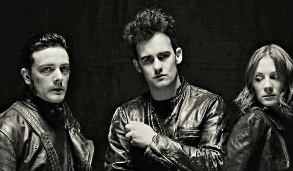 Free MP3: Black Rebel Motorcycle Club covers The Call's 'Let the Day Begin'