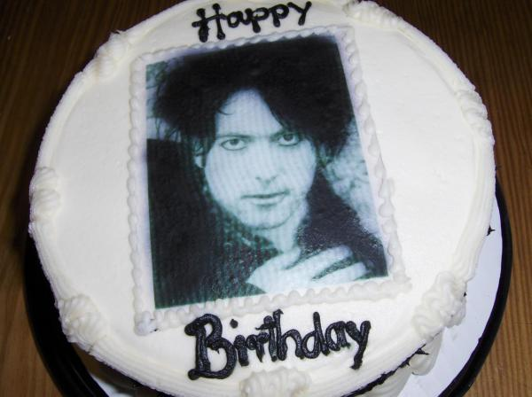 Robert Smith on a birthday cake