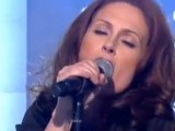 Video: Alison Moyet performs 'When I Was Your Girl' on UK TV's 'This Morning'