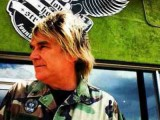 Mike Peters addresses Big Country departure, will tour The Alarm's 'Declaration' in 2014