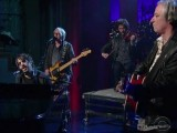 R.E.M.'s Peter Buck, Mike Mills help Joseph Arthur pay tribute to Lou Reed on Letterman
