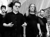 Listen: Violent Femmes, 'Another Chorus' — jaunty second single off 'Hotel Last Resort'