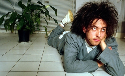The Cure's 'Disintegration' gets 3CD deluxe reissue in 2010, plus 'In Orange' on DVD