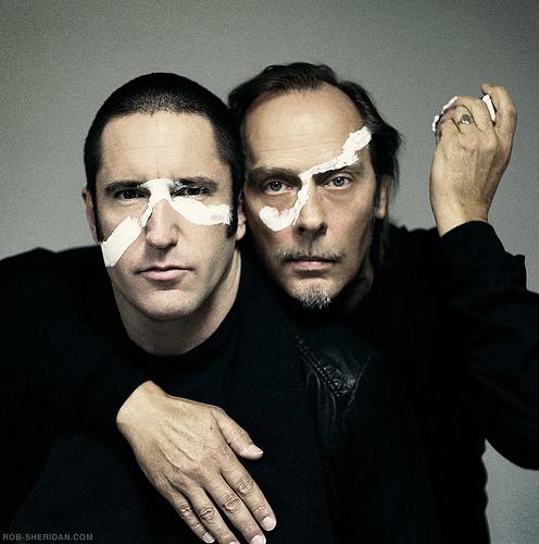 Video: Trent Reznor, Peter Murphy perform Iggy Pop, The Normal, Nine Inch Nails