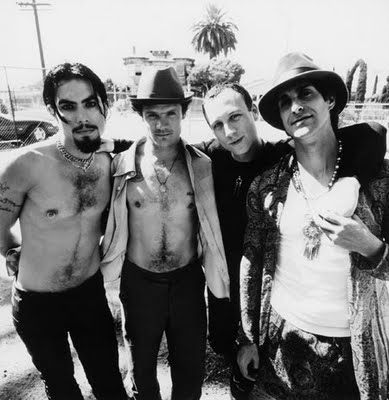 Vintage Video: Jane's Addiction rehearses 'Chip Away' for 'Saturday Night Live' in 1997