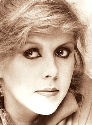 Kirsty MacColl tribute concert to feature Shane MacGowan, Alison Moyet, Johnny Marr