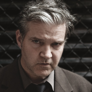 Lloyd Cole makes 'Writers Retreat!' video, sets 'Broken Record' fall tour of Europe