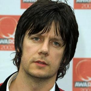 Milestones: John Squire is 48 today; watch The Stone Roses play 'Waterfall' in 1989