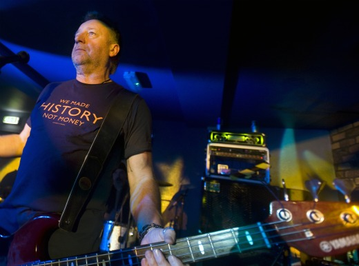 Peter Hook's '1102/2011′ Joy Division EP out Monday after 'legal issues' resolved