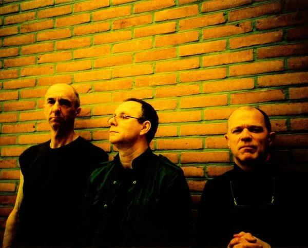 Wire sets fall U.K. tour, announces live album
