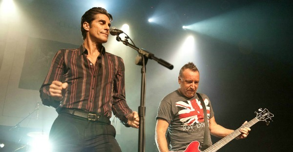 Moby, Perry Farrell join Peter Hook to play Joy Division in L.A. (photos, video)