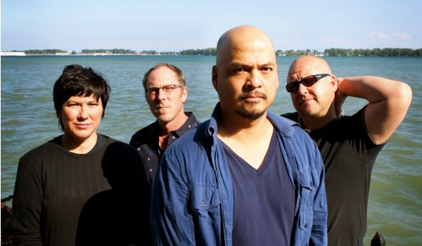 Q&A: Joey Santiago on Pixies' 'Doolittle' tour, possible 'Surfer Rosa' shows, new album talk