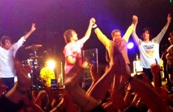 Stone Roses reunite in Warrington, U.K., for first concert in 16 years (SETLIST, VIDEO, PHOTOS)
