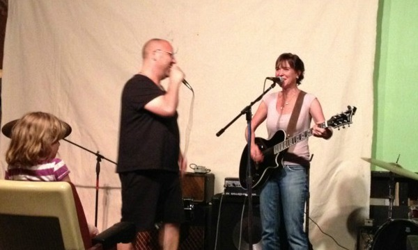 Video: Black Francis, Kristin Hersh duet on Pixies' 'Wave of Mutilation' at theater send-off