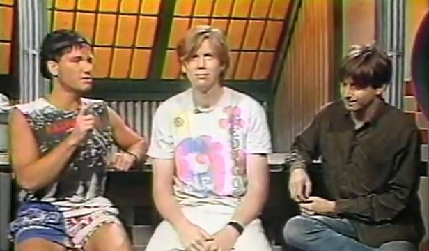 '120 Minutes' Rewind: Sonic Youth in studio with Dave Kendall — summer 1990