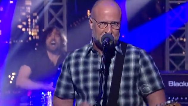 Video: Bob Mould plays 'The Descent' on 'The Late Show with David Letterman'