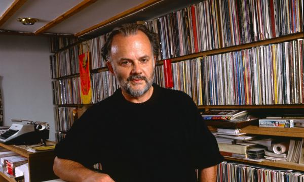 Stream 458 episodes of John Peel's radio show — 846 hours spanning 1967 to 2004