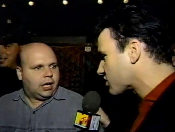 '120 Minutes' Rewind: Dave Kendall bumps into future host Matt Pinfield — 9/22/91