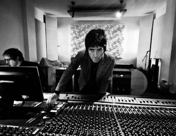 Stream: Johnny Marr plays 'Please, Please, Please Let Me Get What What I Want' on BBC