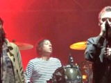 Video: The Jesus and Mary Chain plays 'Just Like Honey' with MBV's Bilinda Butcher